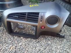 Консоль центральная. Honda Stream, RN6, DBA-RN6 Двигатель R18A