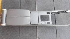 Подлокотник. Acura RL Acura Legend Honda Legend, DBA-KB1, DBA-KB2, KB1, KB2 Двигатели: J35A8, J37A2, J37A3, J35A, J37A