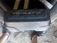 Крышка двигателя. Audi A8