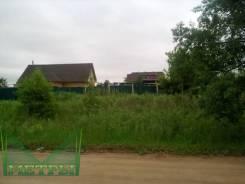 Продаётся земельный участок с ветхим домом (адрес, прописка). 1 200кв.м., собственность, электричество, вода, от агентства недвижимости (посредник)
