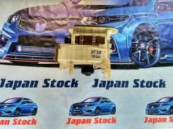 Корпус моторчика печки. Toyota Caldina, AT211, AT211G, ST210, ST210G, ST215, ST215G, ST215W Двигатели: 3SFE, 3SGE, 3SGTE, 7AFE