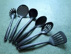 Набор для кухни 6 предметов. новый. один.