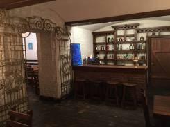 Продаётся готовый бизнес в центре: Кафе-Бар