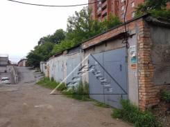 Гаражи капитальные. проспект 100-летия Владивостока 112, р-н Вторая речка, 18 кв.м., электричество. Вид снаружи