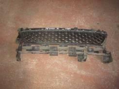 Решетка бамперная. Renault Sandero Stepway