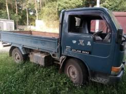 Nissan Atlas. Продаётся грузовик Ниссан атлас, 4 200 куб. см., 2 000 кг.