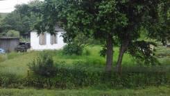Продается дом с земельным участком. С.Безверхово, р-н Хасанский, площадь дома 29 кв.м., электричество 10 кВт, отопление твердотопливное, от частного...