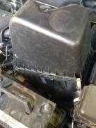 Корпус воздушного фильтра. Toyota Kluger V, ACU25W, ACU25, ACU20 Двигатель 2AZFE