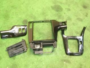 Консоль центральная. Subaru Legacy, BHC, BH5, BHE, BHCB5AE, BE5, BH9 Двигатели: EJ206, EJ208, EJ204
