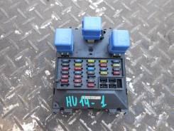 Блок предохранителей салона. Nissan Bluebird, HU14