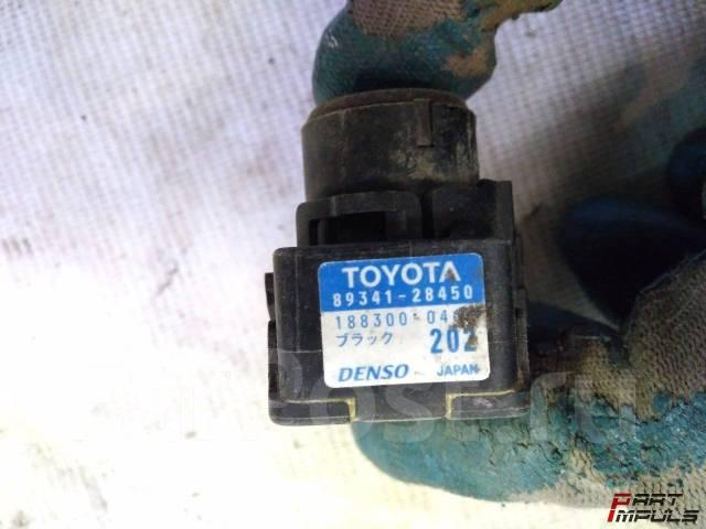 Датчик парктроника. Toyota Land Cruiser, J200