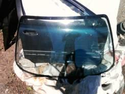 Стекло заднее. Nissan Bluebird, U13