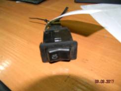 Выключатель противотуманных фар Mitsubishi Pajero/Montero Sport K9