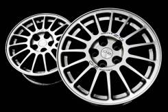 OZ Racing. 7.5x17, 5x114.30, ET38