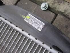 Радиатор охлаждения двигателя. Audi A4, B7