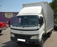 Toyota Dyna. Продам грузовой фургон с апарелью Toyota DYNA 2004 г, 4 899 куб. см., 2 000 кг.