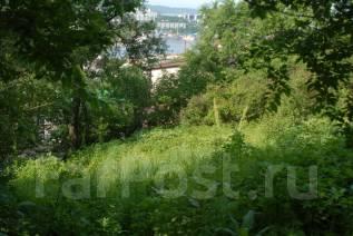 Продается земельный участок во Владивостоке. 700кв.м., собственность, электричество, вода, от частного лица (собственник). Фото участка