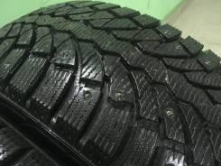 Pirelli. Зимние, шипованные, 2014 год, износ: 5%, 4 шт