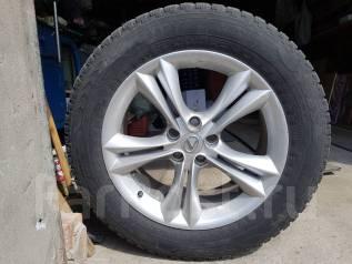 Диски литые с шинами. 7.5x18 5x114.30 ET35 ЦО 60,1мм.