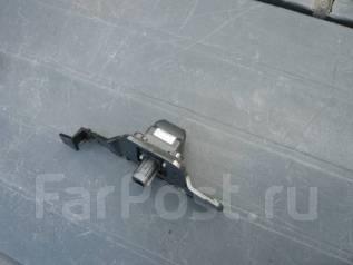 Камера заднего вида. Toyota Crown, GRS200