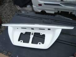 Вставка багажника. Toyota Crown, GRS200