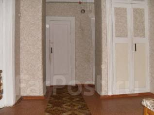 3-комнатная, проспект 50 лет Октября 57. Госбанк, частное лицо, 70 кв.м.