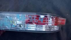Повторитель поворота в бампер. Toyota Crown, JZS155, LS151H, JZS153, LS151, JZS151, GS151H, GS151