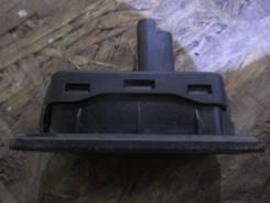 Кнопка открывания багажника. Renault Fluence, L30R, L30T Двигатели: K4M, M4R