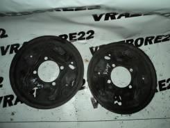 Щит опорный Toyota Vista Ardeo, левый задний