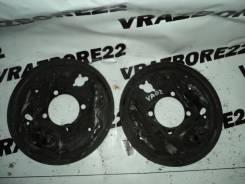 Щит опорный Toyota Vista Ardeo, правый задний