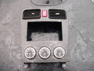 Блок управления климат-контролем. Subaru Forester, SG5, SG9 Двигатели: EJ205, EJ255