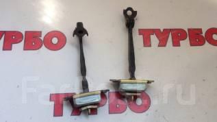 Ограничитель двери. Nissan Tiida, C11