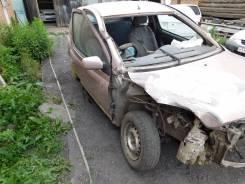 Toyota Vitz. 10