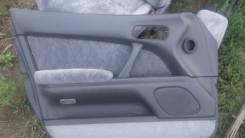Обшивка двери. Toyota Crown, GS141