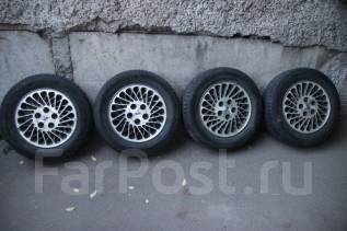 Продам литье c летней шиной nokian 195/65 r15. x15
