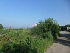 Продам земельный участок в центре с. Новоникольска ул. колхозная. 1 750кв.м., собственность, электричество, вода, от агентства недвижимости (посредн...