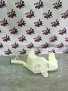 Бачок стеклоомывателя. Honda Jazz Honda Fit, DBA-GE7, DBA-GE6, DBA-GE9, DBA-GE8 Двигатели: L12B2, L13Z2, L12B1, L13Z1, L15A7