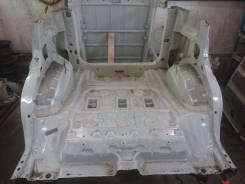 Задняя часть автомобиля. Suzuki Escudo, TD54W Двигатель J20A