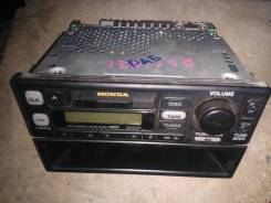 Магнитола Honda CRV , (№ 39100-S10-0030), б/у
