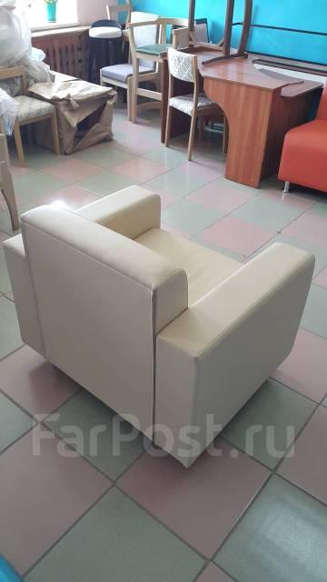 продам офисный диван очень дешево мебель во владивостоке