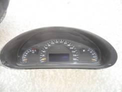 Панель приборов. Mercedes-Benz C-Class, W203