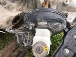 Цилиндр главный тормозной. Toyota RAV4