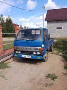 Toyota Toyoace. Продам грузовик в рабочем состоянии категории b, 2 800 куб. см., 2 000 кг.