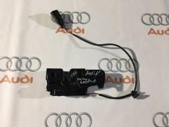 Замок капота. Audi Coupe Audi S Audi A5, 8F7, 8T3, 8TA Audi S5, 8F7, 8T3, 8TA Двигатели: AAH, CABA, CABB, CABD, CAEA, CAEB, CAGA, CAGB, CAHA, CAHB, CA...