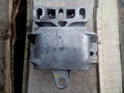 Подушка коробки передач. Skoda Octavia