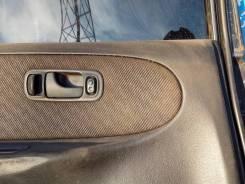 Кнопка стеклоподъемника. Nissan Avenir, W10
