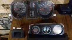 Панель приборов. Mitsubishi Pajero