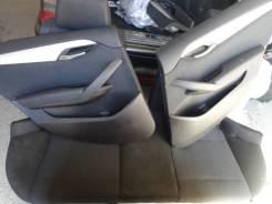 Обшивка двери. BMW X1, E84