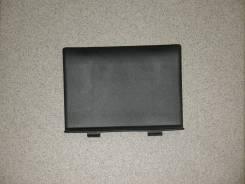 Заглушка кармана обшивки багажника правой, пластик cepый,Toyota RAV4, ACA21.
