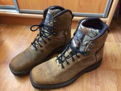 Ботинки. 46